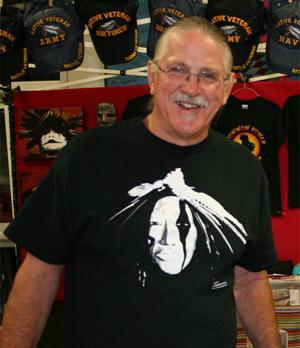 Robert Schultz in Stands Firm T-Shirt